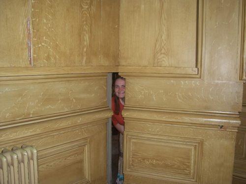 Cool Secret Passageways Hidden Entrances 0 Champagne